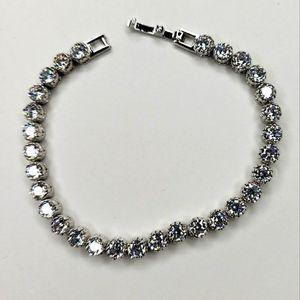 NWOT 7.12ct white sapphire tennis bracelet